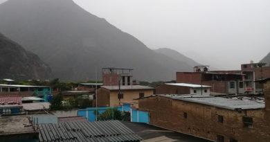 lluvia-torencial-en-chilete-ocasiona-derrumbes-y-huaycos
