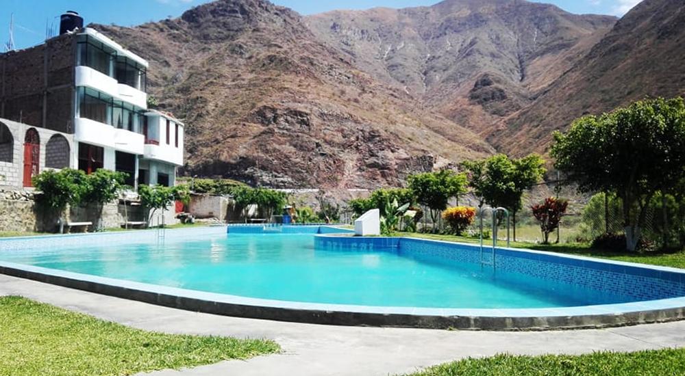 piscina-chilete-tierra-del-sol